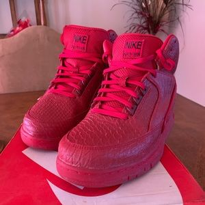 Nike Air Python Red October's